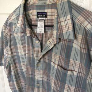 Patagonia short Sleeved Plaid - XL